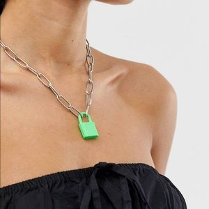 NWOT green padlock necklace